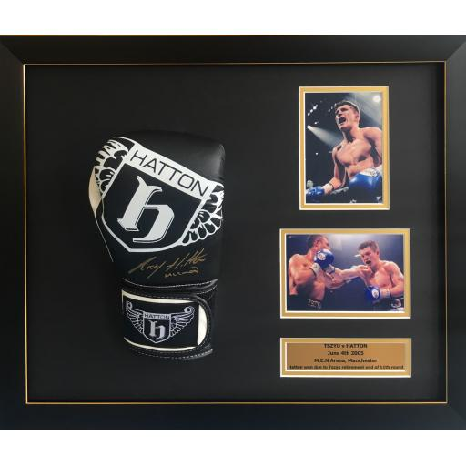 Ricky Hatton signed framed boxing glove display